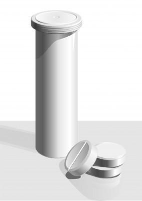 белая упаковка с белыми таблетками рядом
